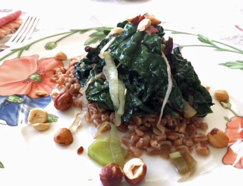 Recipe: Farro with Leeks, Mushrooms, and Dinosaur Kale