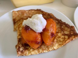 Apricot and ricotta crepes